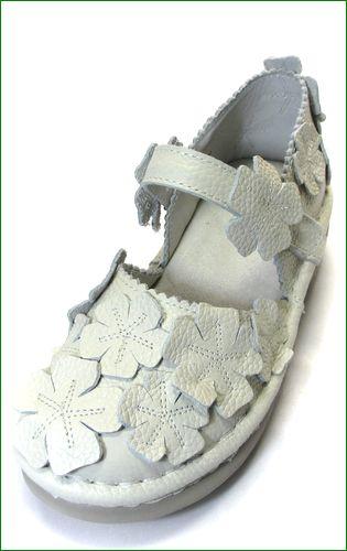 エスタシオン靴 estacion  et78iv アイボリー 左靴の画像