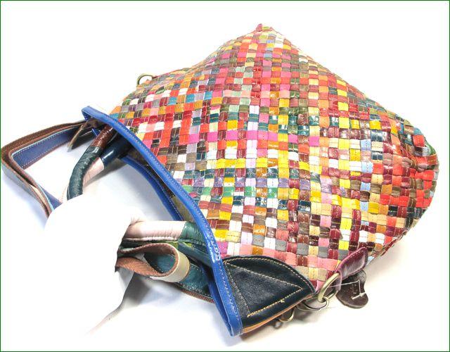 エスタシオン メッシュのバッグも持ったイメージ