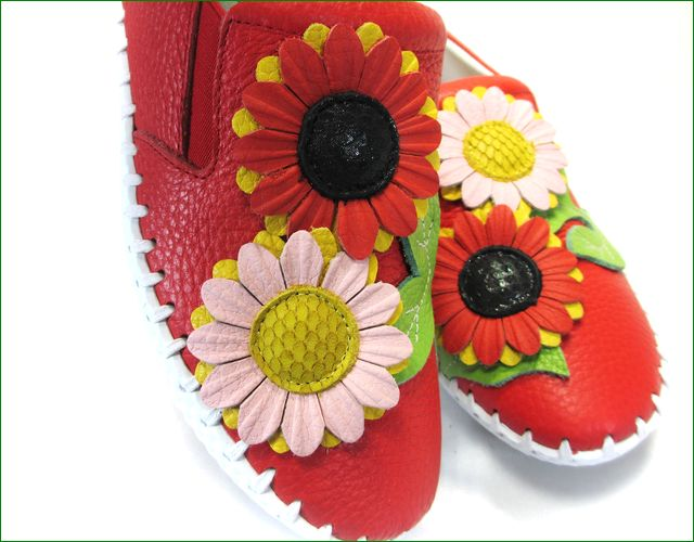 エスタシオン靴  estacion etn216re レッド お花のアップ画像